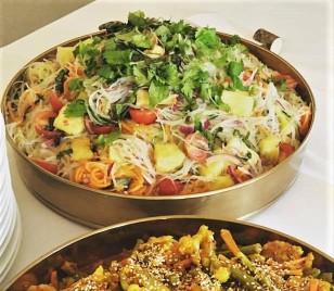 Kerabu noodle salad